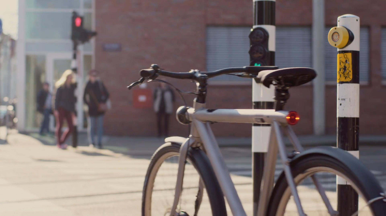 Self-driving bike