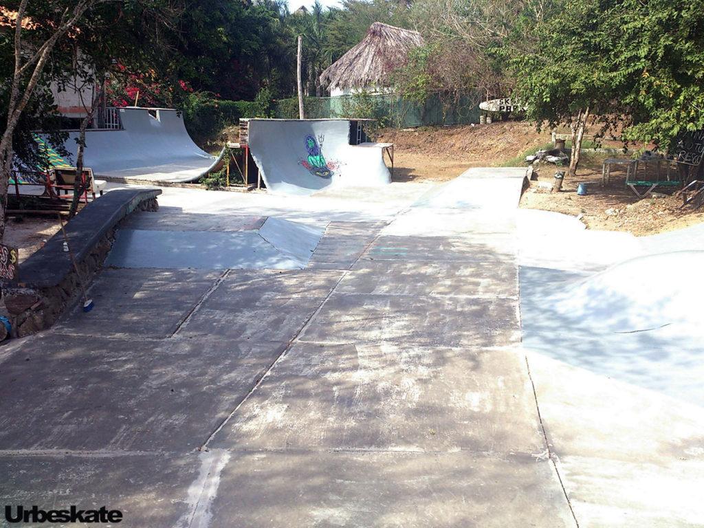 Shore Skatepark (Punta Mita)
