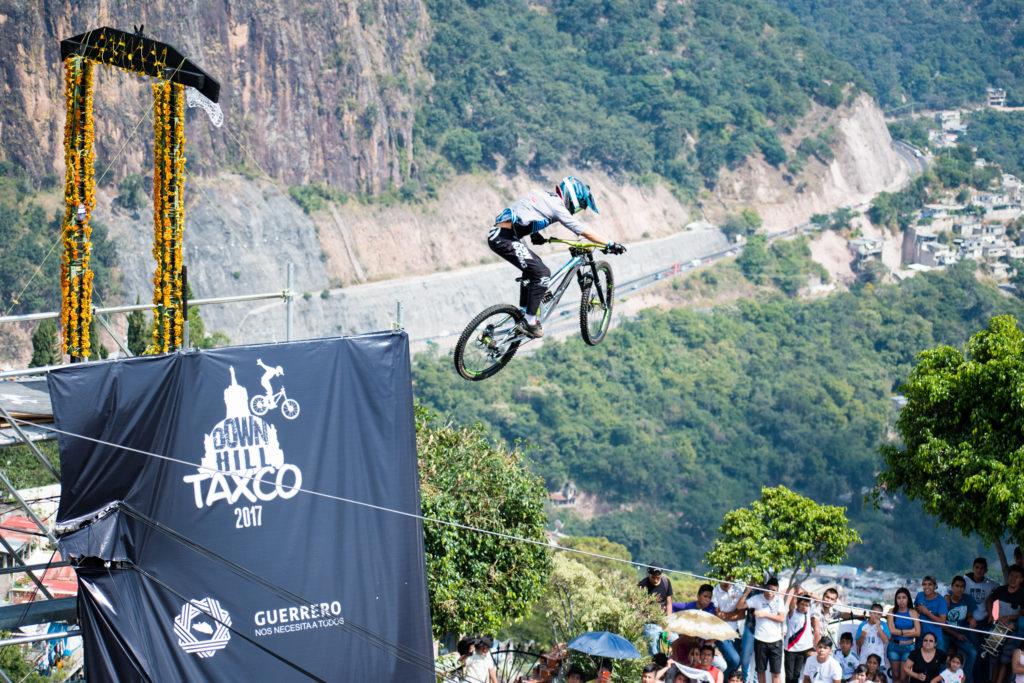 Downhill Taxco